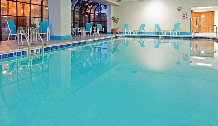 Hotel Indoor Swimming Pool