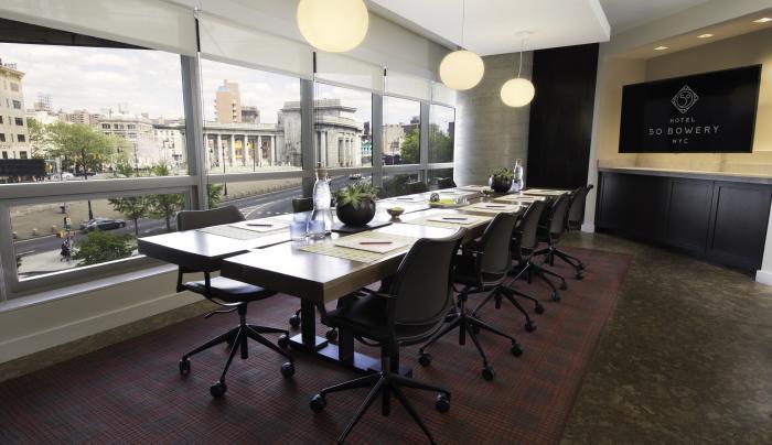 Hotel 50 Bowery - Precious Coral Boardroom
