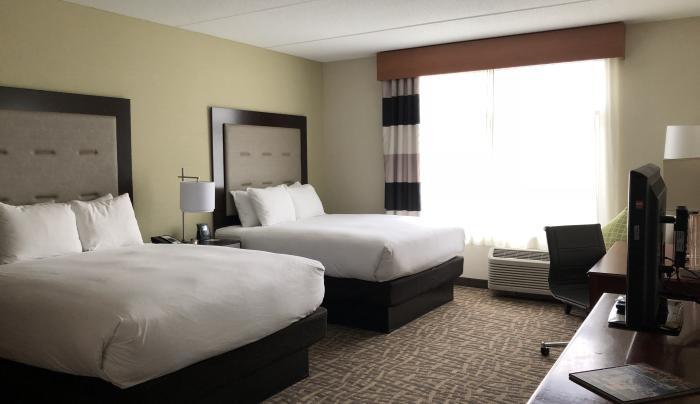 Queen Bedded Room