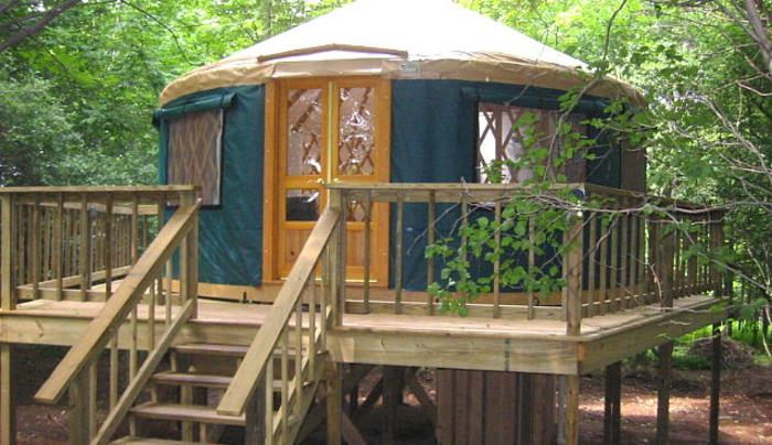 yurt pic for UU.jpg