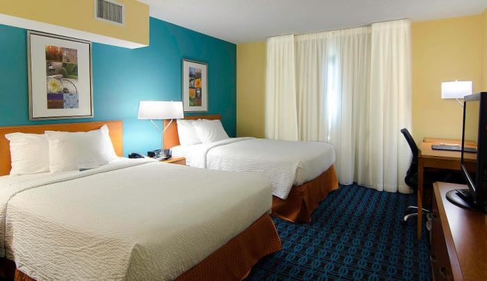 Fairfield Inn & Suites- Room