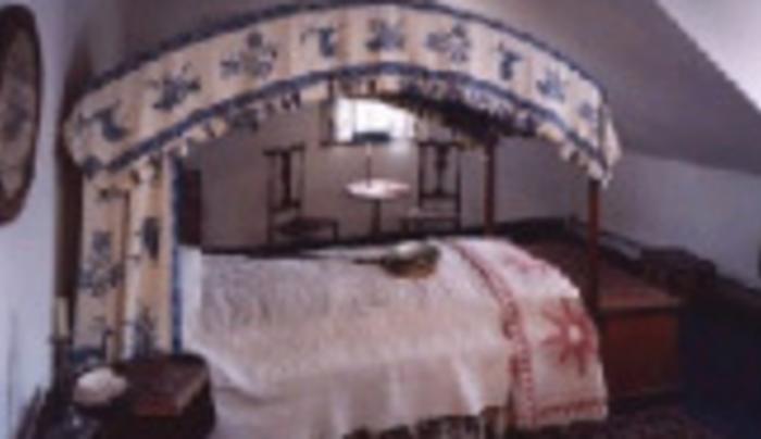 Madam Brett - bed room