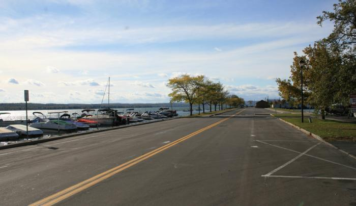 canandaigua-city-pier-canandaigua-view-of-road