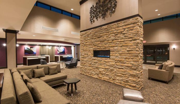 DoubleTree by Hilton Lobby Area
