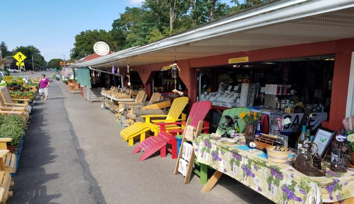 josephs-wayside-market-naples-exterior