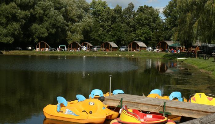 koa-canandaigua-paddleboat-water-cabins