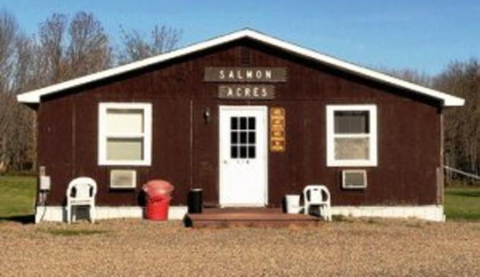 Salmon Acres Fishing Lodge