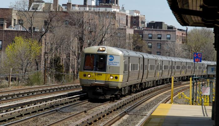 Long Island Rail Road, train
