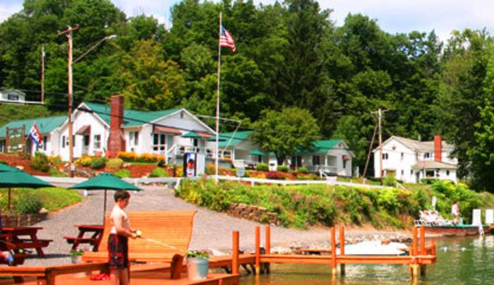 Lake View Motel & Marina