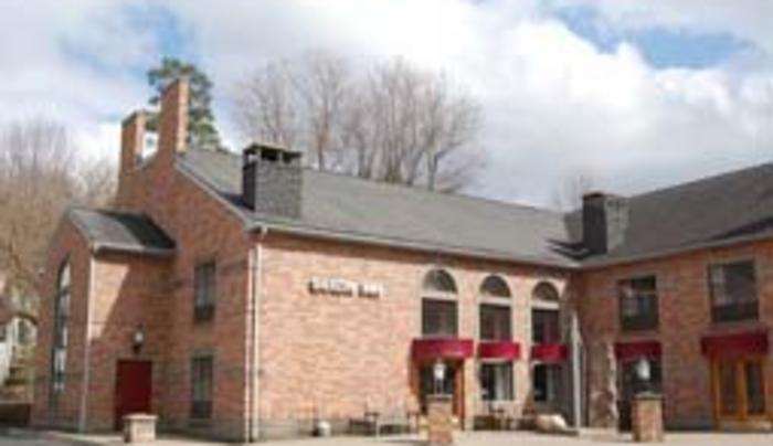 Saxon Inn