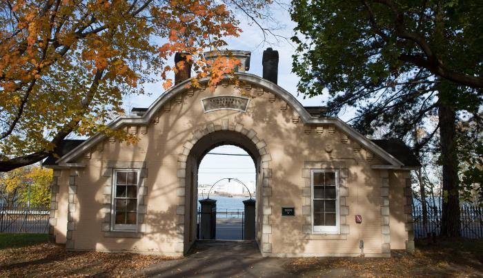 Snug Harbor Cultural Center & Botanical Garden