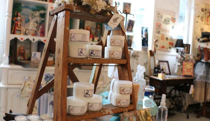 true-lily-canandaigua-interior-cosmetics