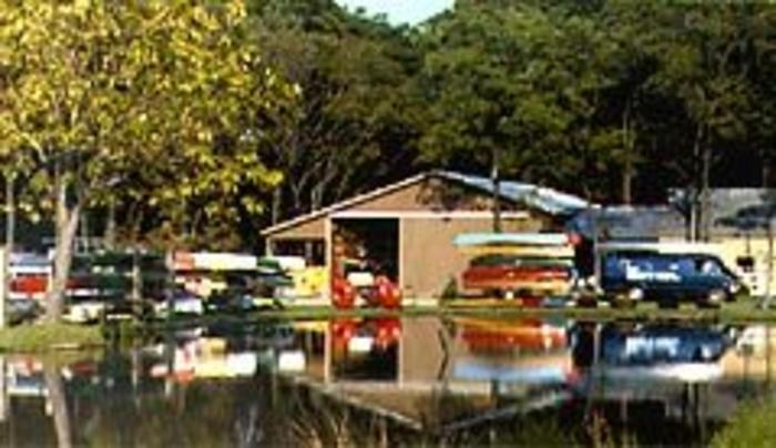 Oak Orchard Canoe & Kayak Experts
