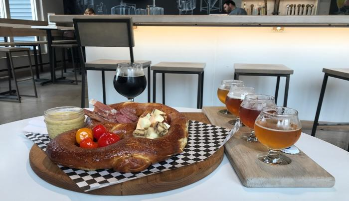 young-lion-brewing-canandaigua-food