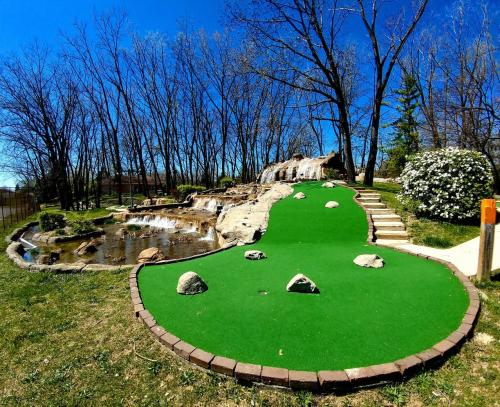 Trails Miniature Golf Putt Putt Area In Dayton, Ohio