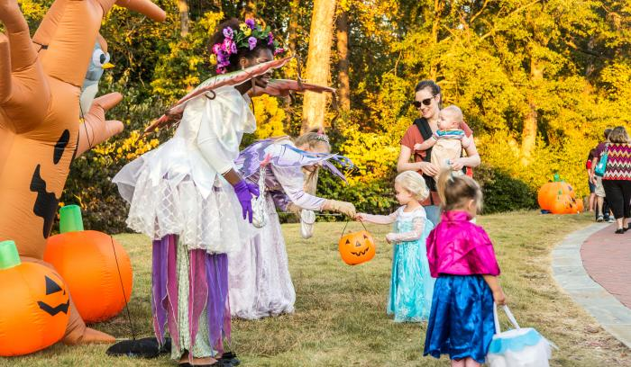 Kids Trick-or-Treating at Spooky Springs in Sandy Springs