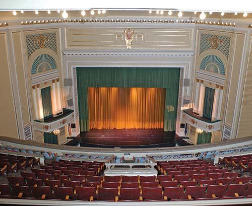 长中心剧场舞台