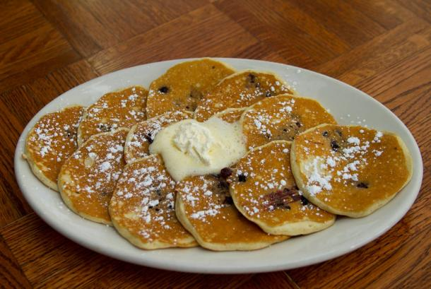 The worlds best scratch made huckleberry hotcakes
