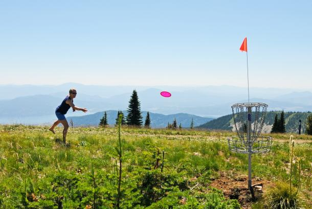 Disc golf on the summit of Schweitzer Mountain Resort