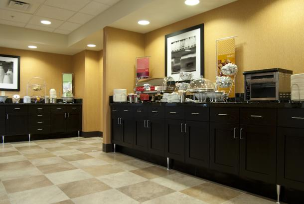 Hampton Valley Breakfast Area