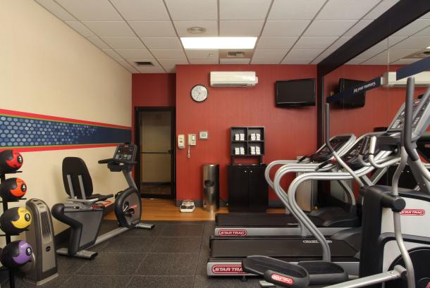 24-hr Exercise Room