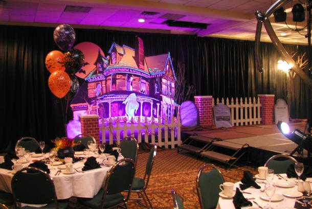 Haunted House Display created by LCD Expo Services