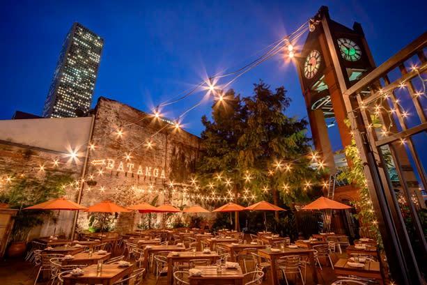 Batanga latin-inspired restaurant with Brazilian and flamenco music
