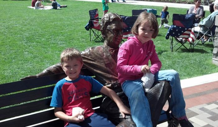 Orville Redenbacher Statue