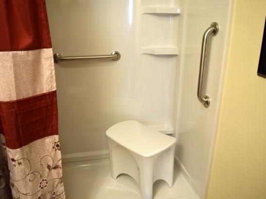 Annie's - Bathroom (3)