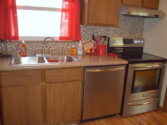 Annie's - Kitchen (2)