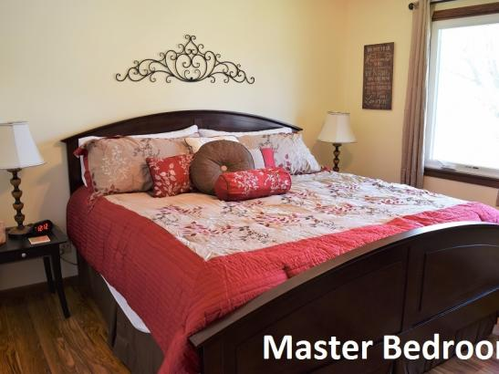Annie's - Master Bedroom