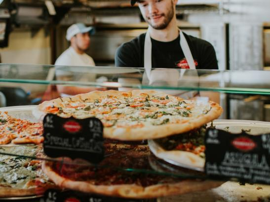 Pasquale's Neighborhood Pizzeria | credit AB-PHOTOGRAPHY.US