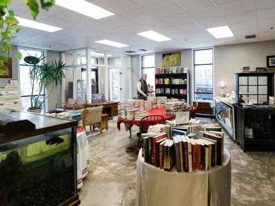 Silver Lake Books | credit AB-PHOTOGRAPHY.US