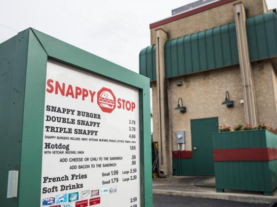 Snappy Stop | credit TJ Turner
