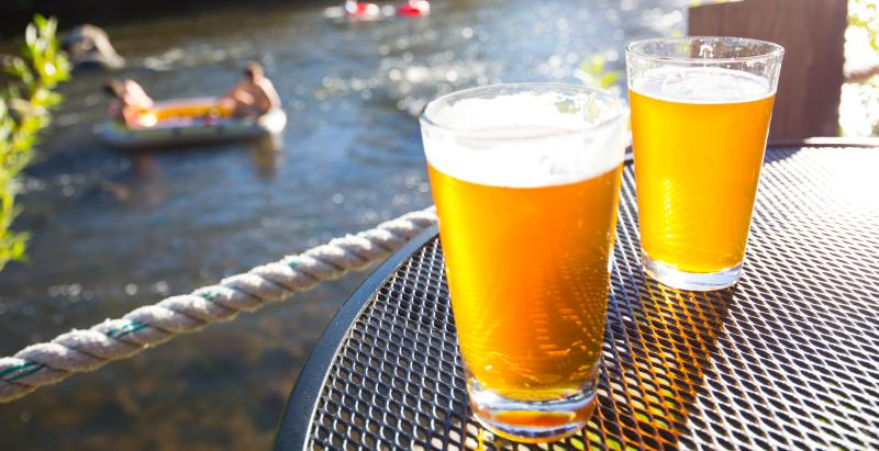 Enjoys brews and take in the views of the Yampa River