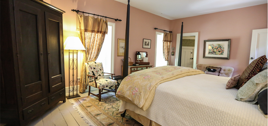 The Black Sheep Inn & Spa Suite