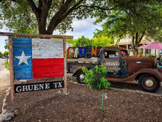 Gruene TX Sign
