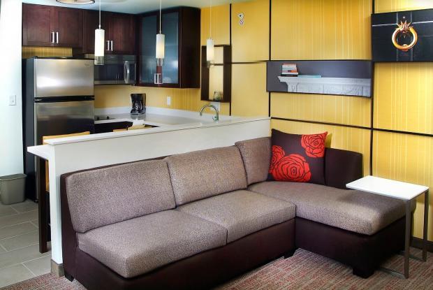 Residence Inn E