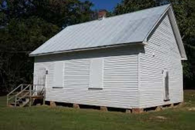 Thrift Schoolhouse