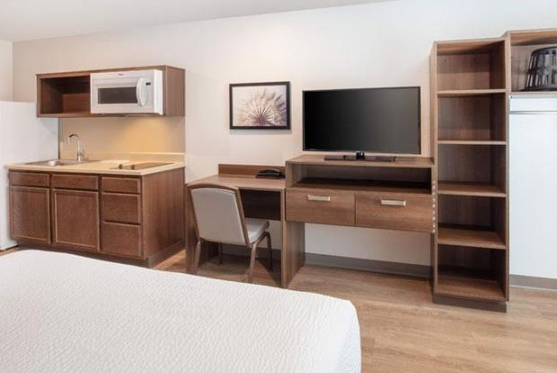 Woodspring Suites Largo D