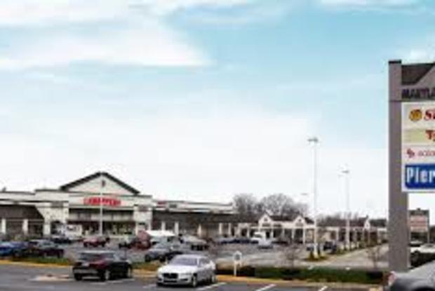 Laurel Plaza