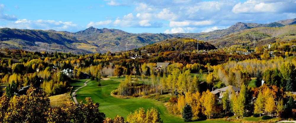The Rollingstone golf course comes alive with color in the fall