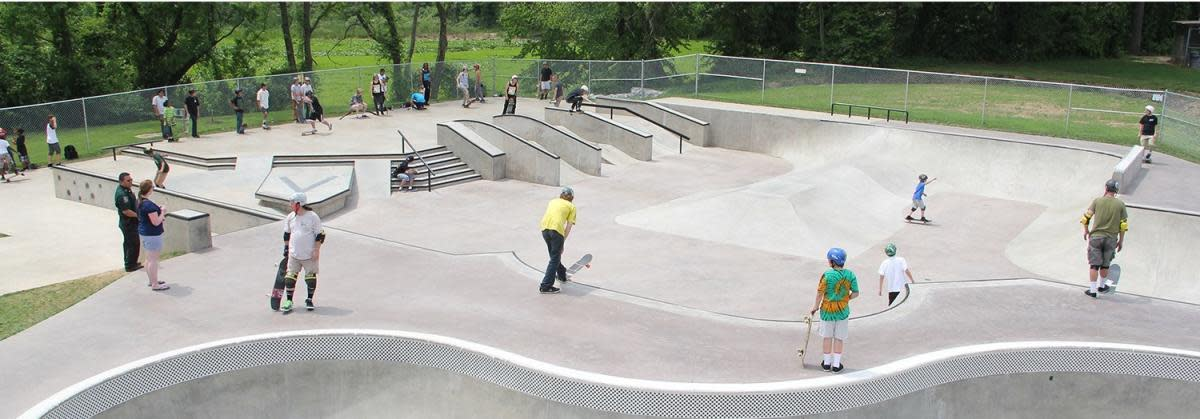 Skateboarding at Veterans park