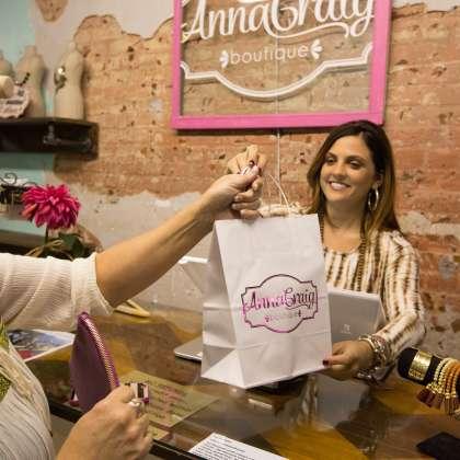 AnnaCraig Boutique