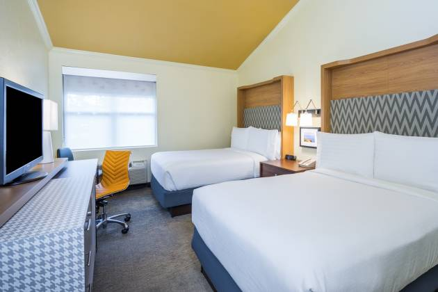 Comfortable and newly renovated guestrooms
