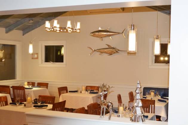 Harborview Restaurant & Bar inside.jpg