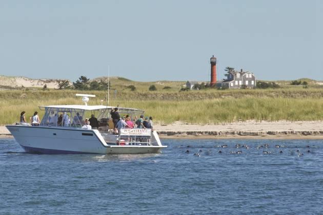 Monomoyislandboat.jpg