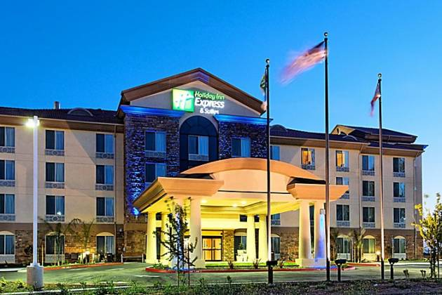 Holiday Inn Express Herndon