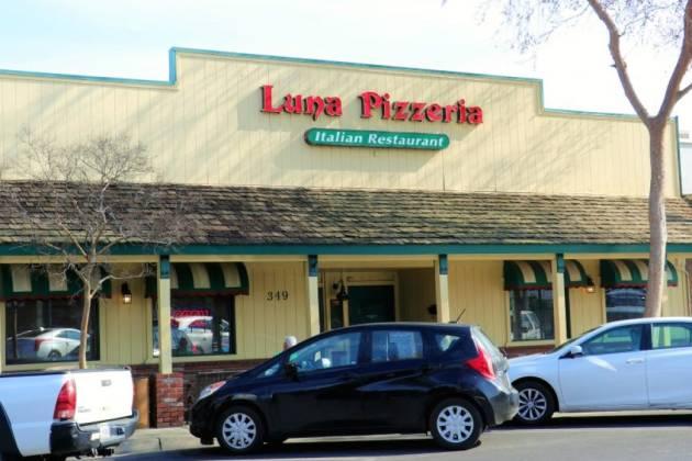 Luna's Pizzeria