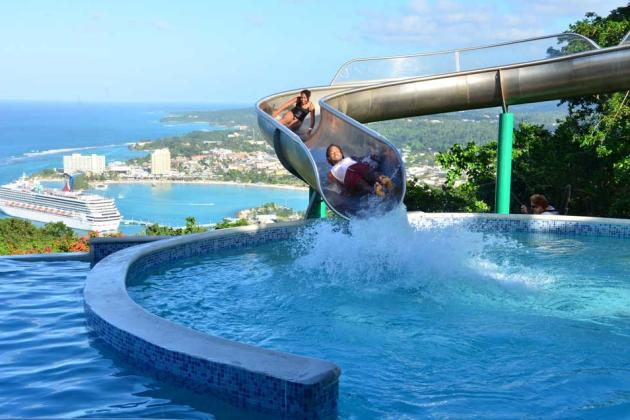 2013-Mystic-Mountain_waterslide2